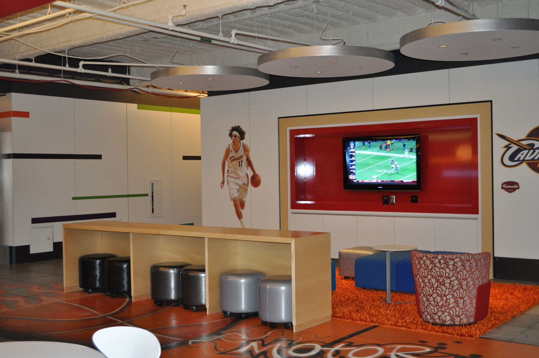working-lounge_edited